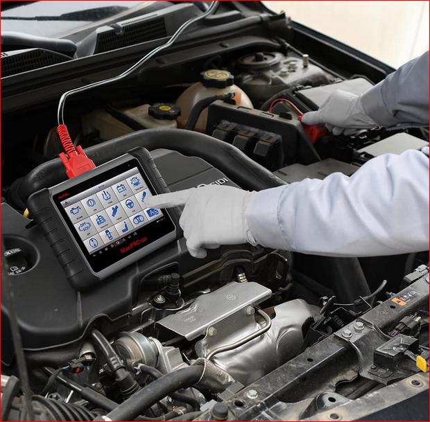 Diagnóstico Automóvel e Check Up da viatura a diversos pontos chave para a sua segurança.