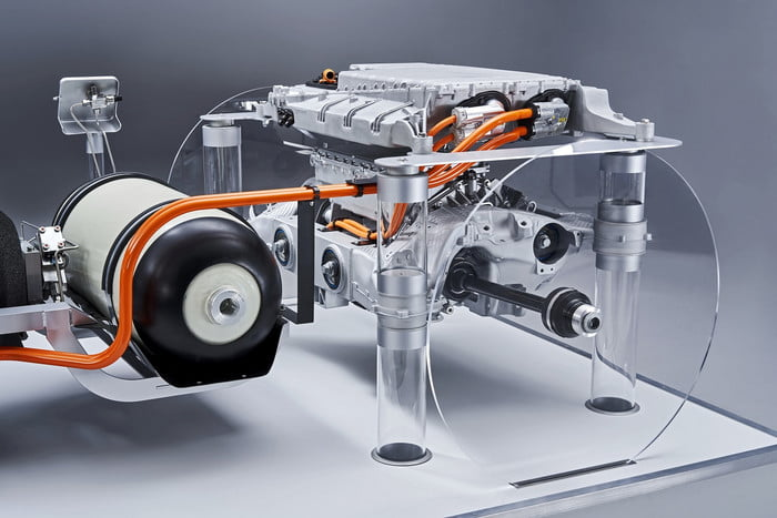 Os SUVs da BMW terão uma motorização hidrogénio/eléctrica 5