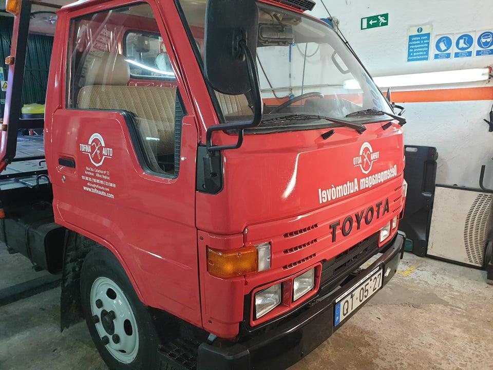 Pronto Socorro Toyota Dyna Usado 3
